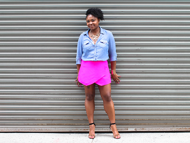 pink skort statement necklace outfit nyc fashion blogger