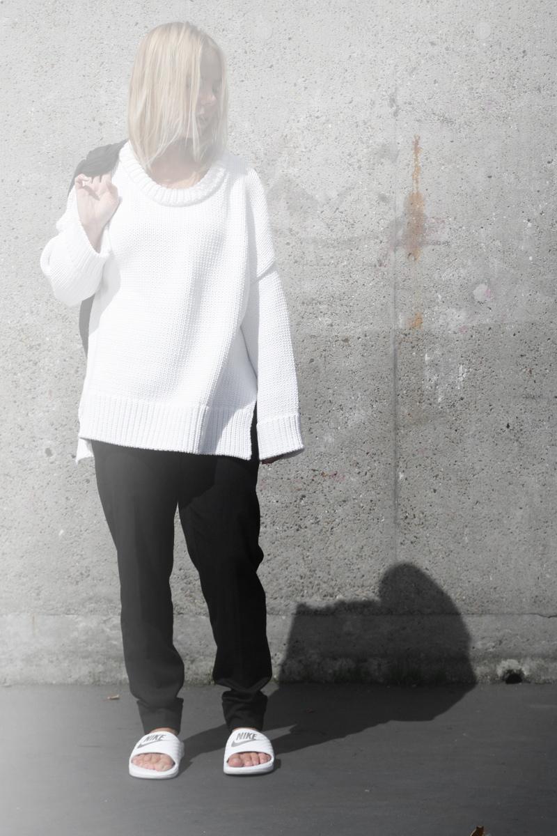 minimal-fashion-blogger_oversized-white-knit_leather-jacket_zara
