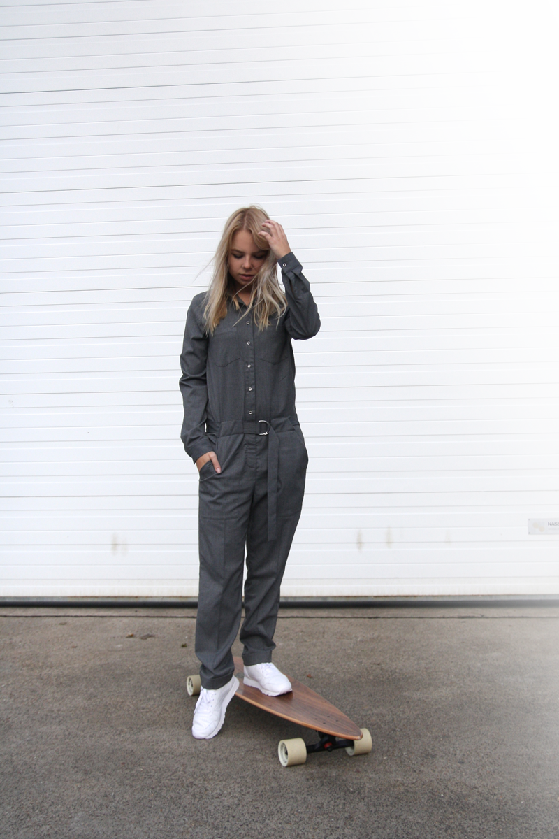 grey-zara-jumpsuit-overall_arbor-longboard-wood_reebok-leather-classic_sneaker-trend-fashion