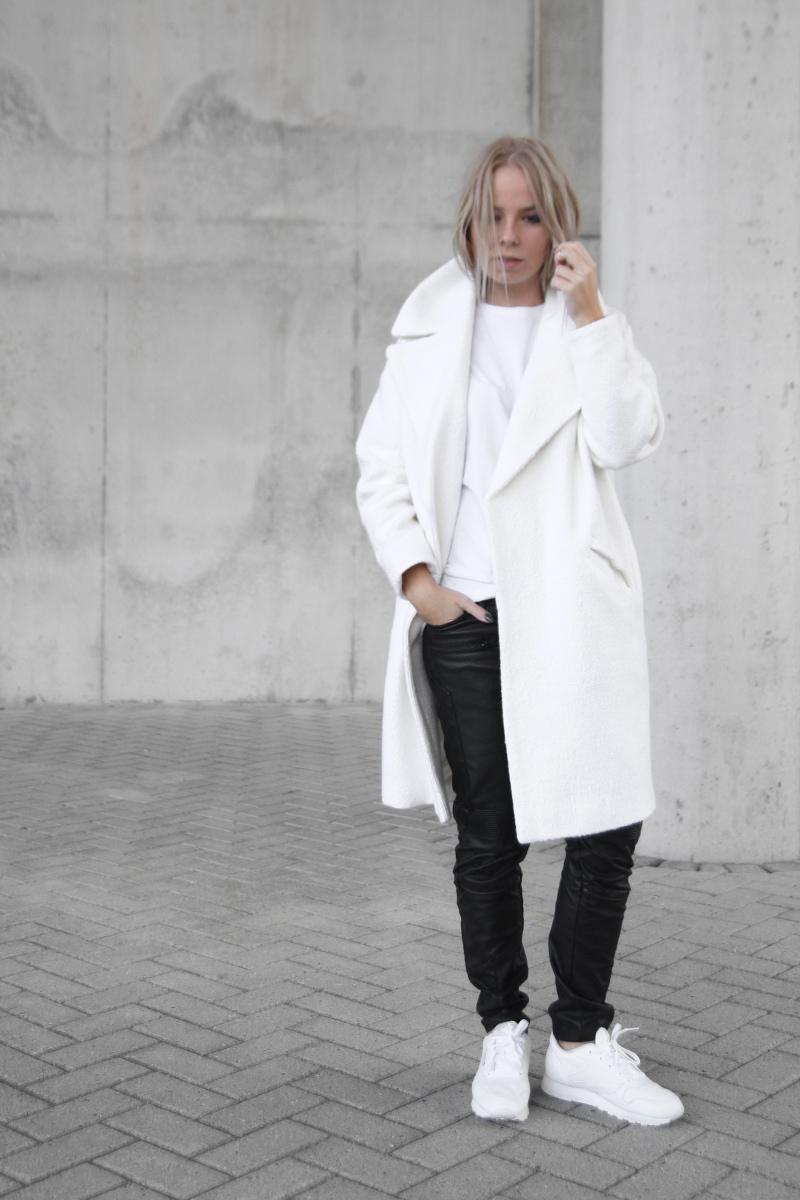 leather-biker-jeans-zara_slouchy-oversized-coat-asos_Tao-of-Sophia