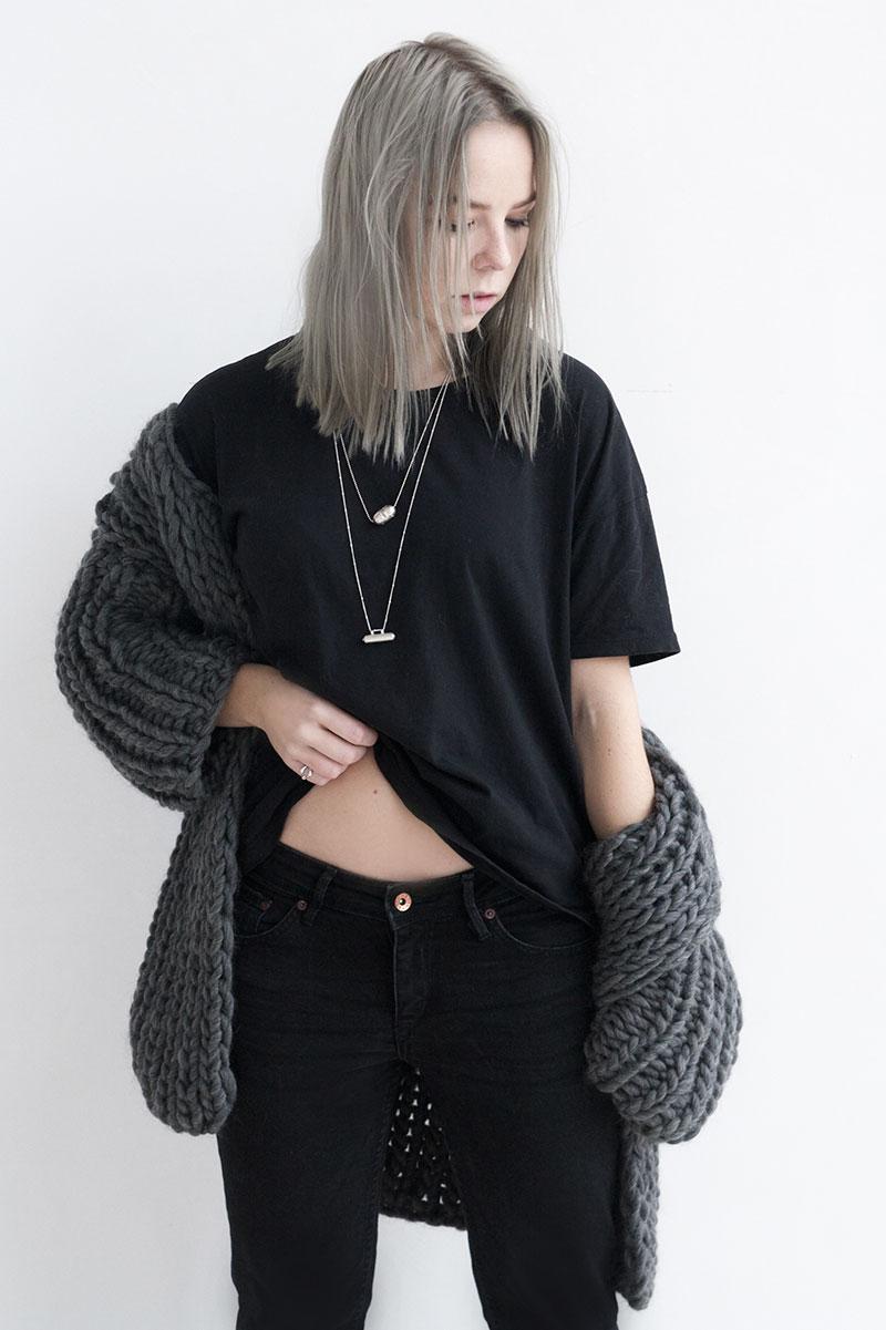 kittychoy-grayling-oversized-knit_femme-des-fleurs-necklaces